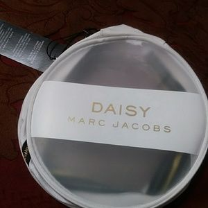 Marc Jacobs daisy cosmetic case